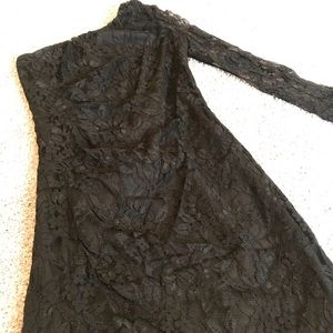 Black one-shoulder lace dress
